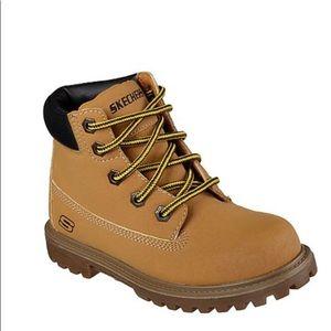 NEW Skechers boys memory foam boots 3.5